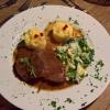 Geschmorter Rinderbraten vom Sauerländer Höhenrind in Rotweinsauce mit Kartoffelstampf und Omas Rahmwirsing