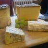 Französische Rohmilchkäse und Stilton