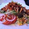 Salatplatte mit Pfifferlingen