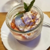 Erdbeer-Panna Cotta mit Vanilleeis