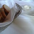 Foto zu Ehlener Poststuben: Gruß aus der Küche, Kräuterquark mit Brot