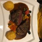 Foto zu Hotel Restaurant Zur Krone: Rinderfilet auf Ratatouille Gemüse, Kapern u. Oliven