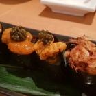 """Foto zu Sushi Glas: """"Kriegsschiffe"""" von Seeigel und """"Sakura-Garnelen"""""""