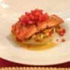 Arctic Salmone su Verdure mediterranee e purea di patate Gebratenes Filet vom Eismeer-Lachs mediterranem Gemüse Kartoffelpüree