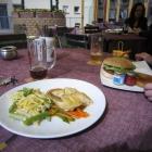 Foto zu Stadtbrauerei Arnstadt: Die Poulardenbrust und der Brauhausburger