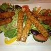 Salat mit Tempeh-Streifen