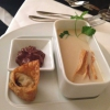 Suppe - Cremesüppchen von der Petersilienwurzel, Espuma von Bitterschokolade und Curry Wan Tan