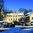 Foto zu Restaurant Buntes Haus im Hotel Erbgericht: Aussenansicht