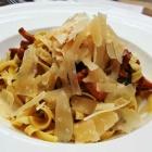 Foto zu Die Graifen · Weine - Leben - Essen: Tagliatelle mit Pfifferlingen und Parmesan