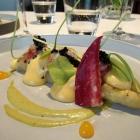 Foto zu Gaststätte Zur Krone: Spargel mit Hummer, confiertem Eigelb und Kaviar