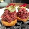 Beef-Tartar (Amuse 1)