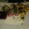 Matjesfilet nach Hausfrauenart mit Äpfeln, saurer Gurke und Zwiebeln mit Bratkartoffeln für 11,20 €
