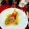 Gratiniertes Meerbarbenfilet mit Zitronensauce, Avocado, Tomate, Kartoffel-Strudel