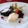 Pfifferlings-Mousse, Kräuter-Eiscreme, Schokoladen-Walnuss-Tarte, Brombeer-Ragout