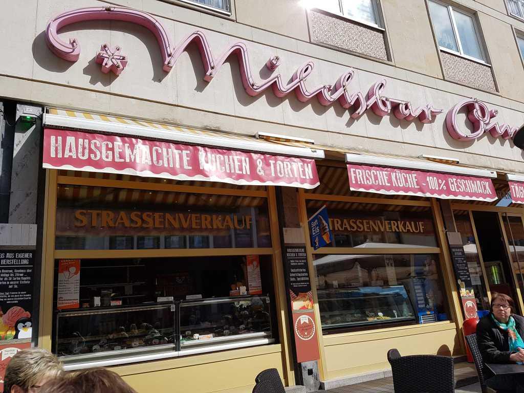 bewertungen milchbar pinguin restaurant cafe eiscafe in 04109 leipzig zentrum. Black Bedroom Furniture Sets. Home Design Ideas