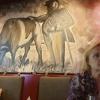 Wandbild und meine Frau