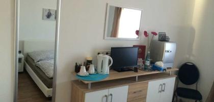 Fotoalbum: Doppelzimmer Nr. 2 mit Gemeinschaftsbad