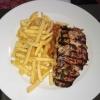 gefülltes Bifteki + Pommes 12,90 €