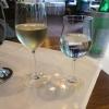 Wunsch des Gastes: Weißwein im Rotweinglas