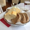 vorab frisches Brot und Dip