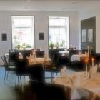 Foto zu Restaurant im Hotel Telgter Hof: der moderne Gastraum