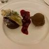 Schokoladenkuchen mit Sauerkirschen