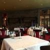 Blick in einen Teil des Restaurants