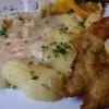 Spargelragout mit neuen Kartoffeln und Hähnchenschnitzel