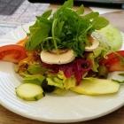 Foto zu Pizzeria Costa Smeralda: frischer Beilangensalat