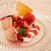 4.Waldmeister-Panna Cotta mit Erdbeersalat