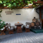 Foto zu Wenzel's Weinscheune: Weinlaube