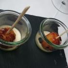 Foto zu karlbacher restaurant | christian rubert: lauwarmer Gugelhupf, schön saftig und Vanille-Schaum, ein Traum in braun :-)