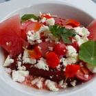 Foto zu Landhaus Am Kirschbaum: Wassermelonen-Radieschen-Salat mit Feta