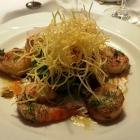Foto zu Castell: Garnelen, Jakobsmuscheln, Salat