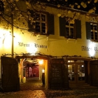 Foto zu Restaurant & Weinbistro Altes Rathaus Oestrich: Im Sommer kann man bei uns auf dem Marktplatz oder im Innenhof die Sonne genießen.