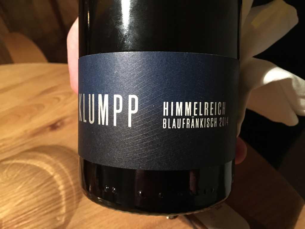 Optisch wie geschmacklich eine Punktlandung der Küche. Begleitet wurde der  Gang von einem Rotwein aus Baden, genauer der Ortenau, vom Weingut Klumpp,  ... a2370a8519