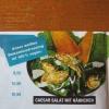 die Soße ist vegan, aber im Salat ist Hühnchen :-))