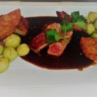Foto zu Fischerrosl: Steak von der Rinderlende mit Kartoffeltalern