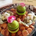 Foto zu Ostseelounge im Strandhotel Fischland: Macaron – Grüner Apfel, Blutwurst & Senfsaat & Algencracker mit Hamachi