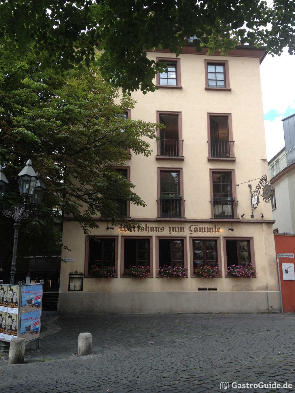 l mmle wirtshaus restaurant wirtshaus biergarten in 97070 w rzburg altstadt. Black Bedroom Furniture Sets. Home Design Ideas