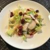 gem. Salat als Beilage zum Wiener Schnitzel, hier allerdings nur die Hälfte aufgelegt