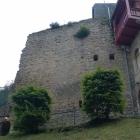 Foto zu Burg Altrathen: Eingangsbereich - Fast schon hoch oben beim Essen