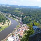 Foto zu Offizierskasino: Blick von der Festung ins Elbtal