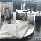 Foto zu Käpt'n Selmer Stube · Fährhaus Sylt: Tisch mittags