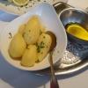Kartoffeln mit zerlassener Butter