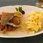 Foto zu Der Oedhof: Saiblingsfilet, Spinat-Pfifferlinge, Tagliatelle