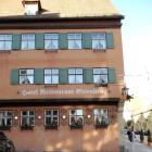 Foto zu Hotel Restaurant Eisenkrug: Seitenansicht