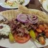 Pita Brot mit Gyros und Böhnchen 6,50