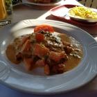 Foto zu Restaurant Rheinblick: Knoblauch Schnitzel mit Spätzle