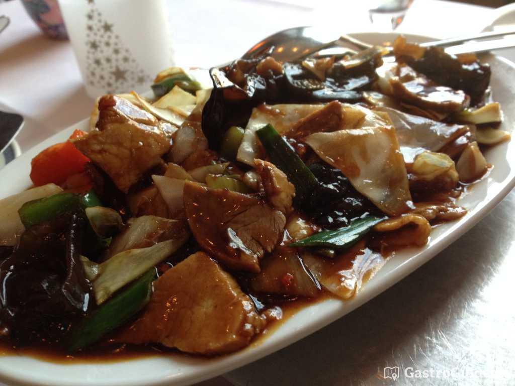 alt eingesessenes chinesisches restaurant mit guter gastroguide. Black Bedroom Furniture Sets. Home Design Ideas